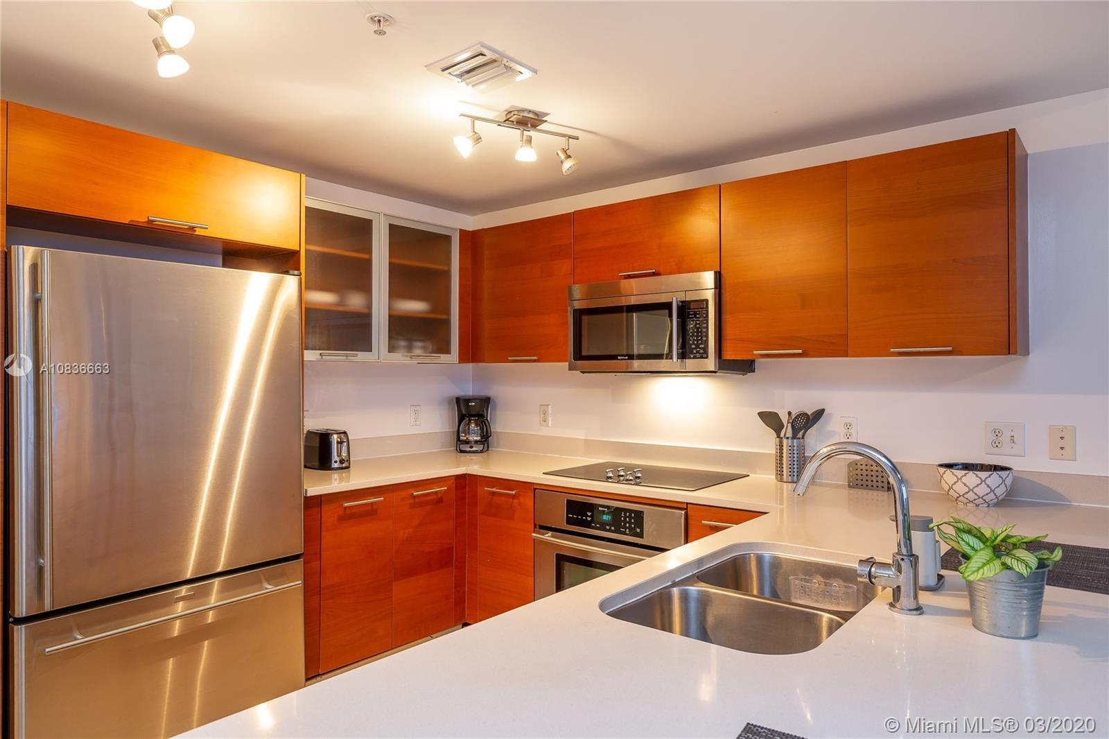 AMAZING UNIT FOR SALE IN THE HOTTEST NEIGHBORHOOD IN MIAMI. FULLY FURNISHED. 1 BEDROOM AND 1 FULL BA