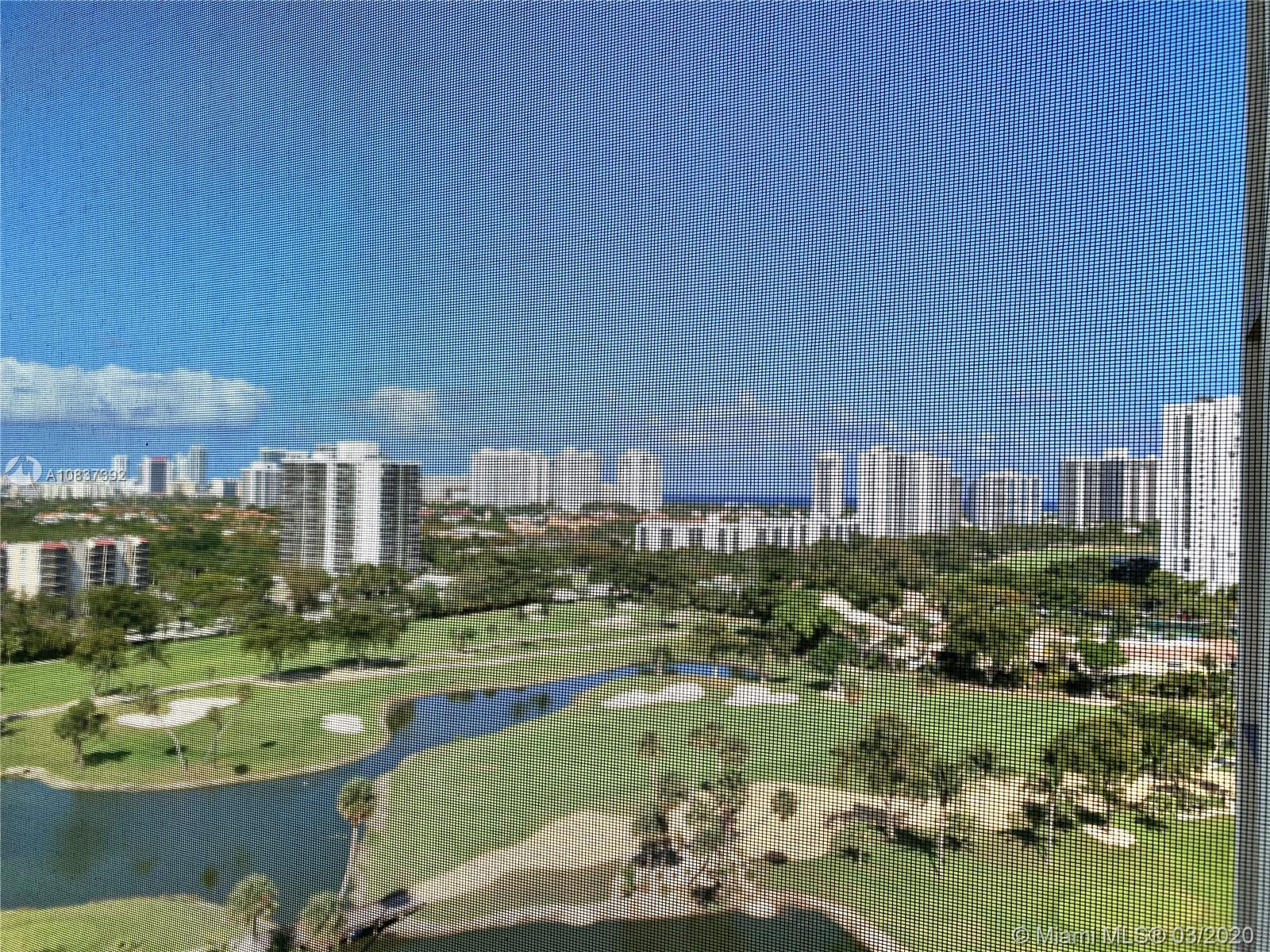 SPECTACULAR  GOLF COURSE, CITY AND OCEAN VIEWS! SPACIOUS 1 BEDROOM 1 & 1/2 BATHROOMS. READY TO SELL