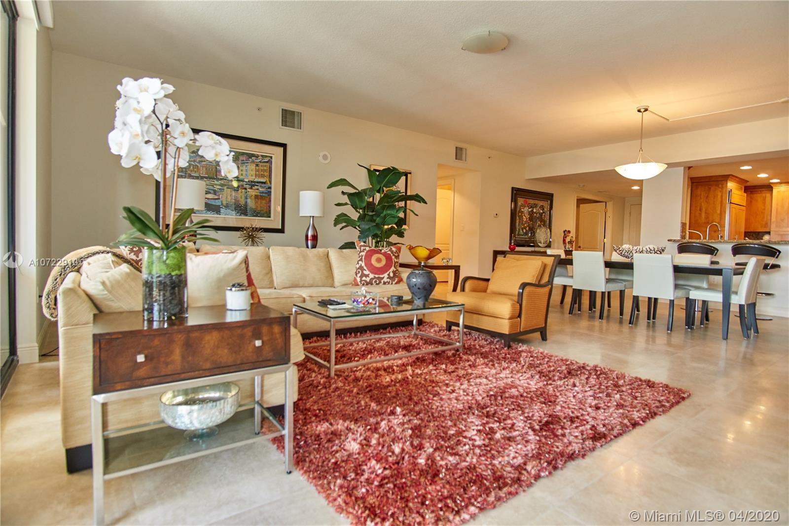 Excellent and Prestigious location at The Point ! Resort Lifestile in Down Town Boca Raton, 5 minute
