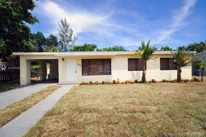 **** PROPERTY BACK IN THE MARKET AS AN UNAPPROVED SHORT SALE****  PREVIOUSLY APPROVED AT $265,000.