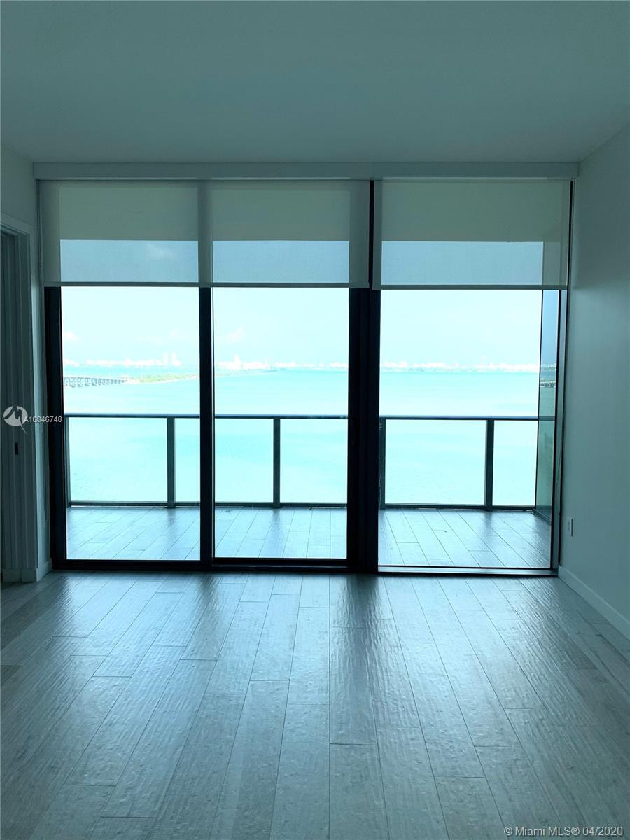 Spectacular 2 bedroom apartment with unmatched view of Biscayne Bay. Large terrace. Main room with b