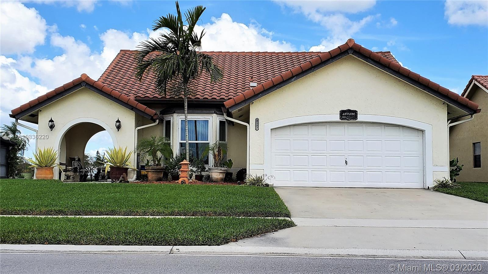 The perfect neighborhood with a quiet and friendly atmosphere! This community is pet friendly and ha