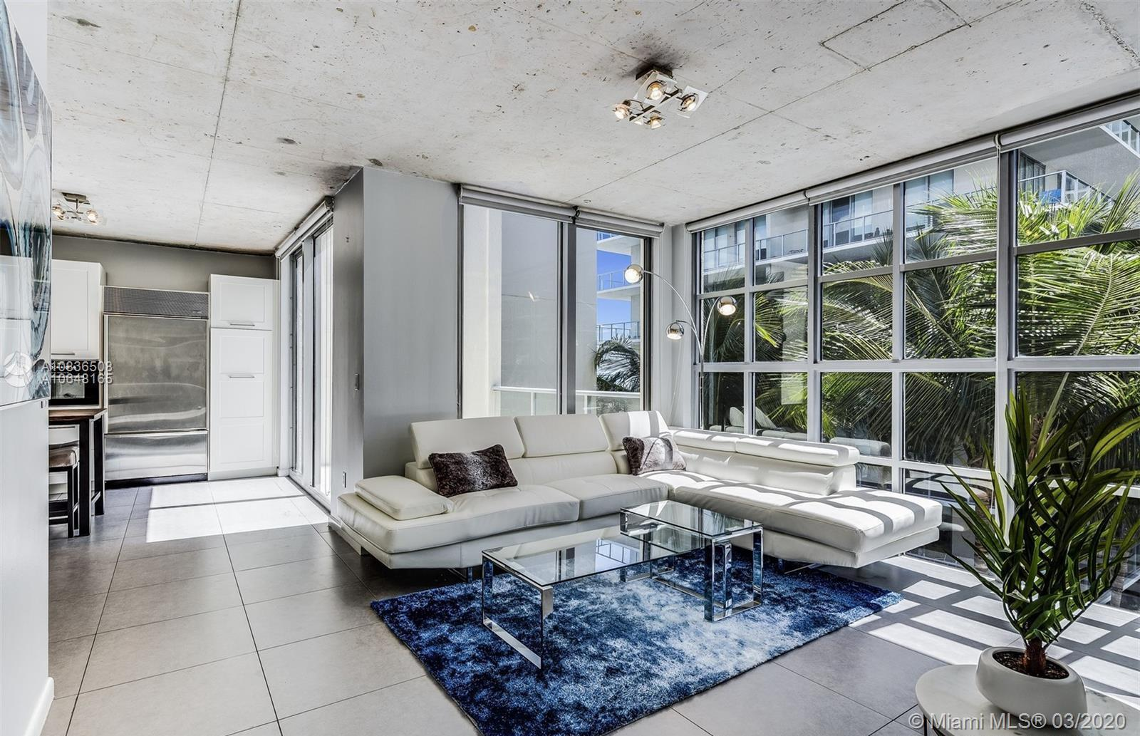 Duplex Penthouse in the Midrise at 2Midtown! Steps to the super chic Miami Design District, this 2 b