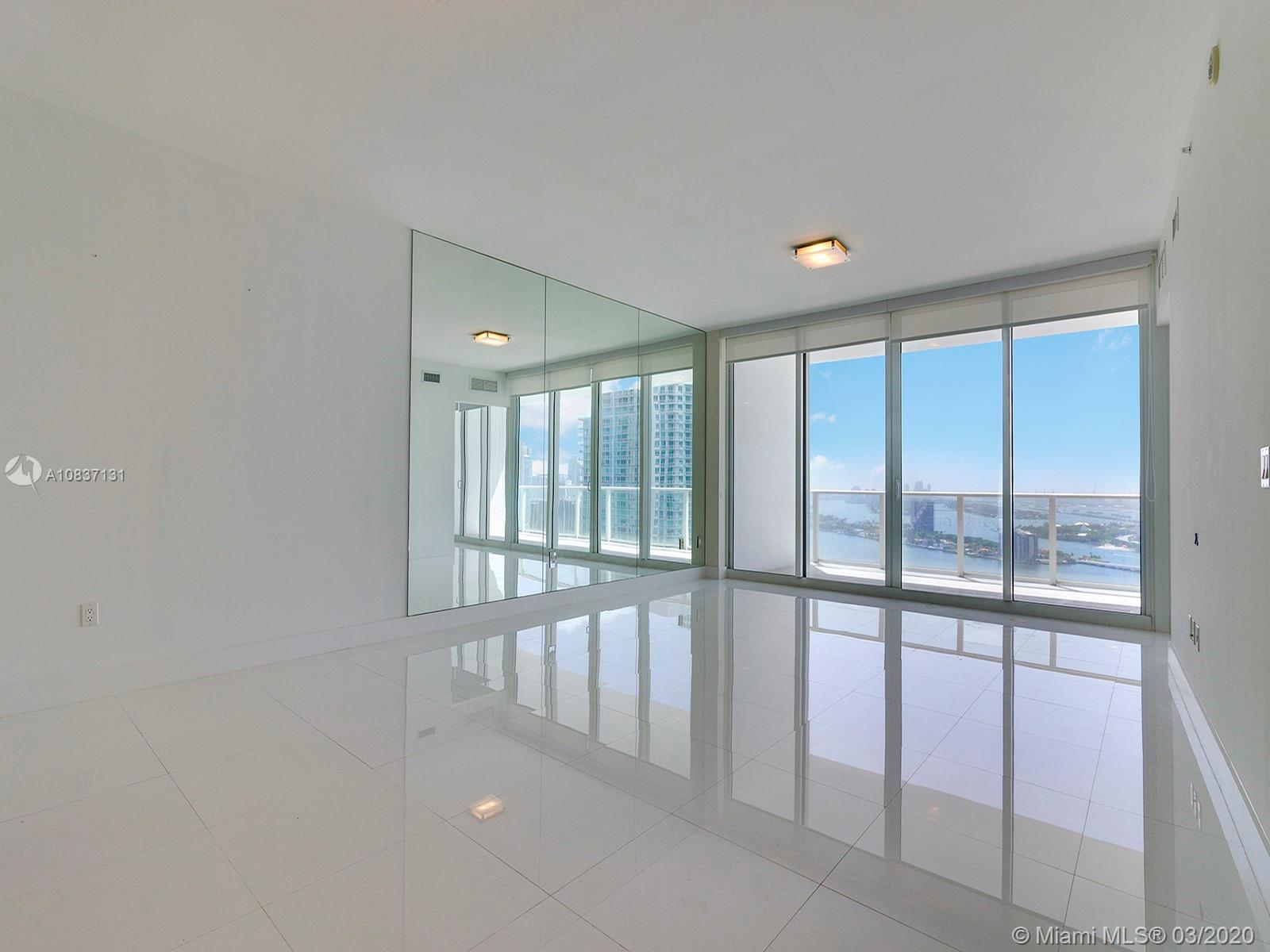 High floor flow-thru 3 Beds and 3 Baths residence at Paramount Bay. Unobstructed views of Bay, Miami