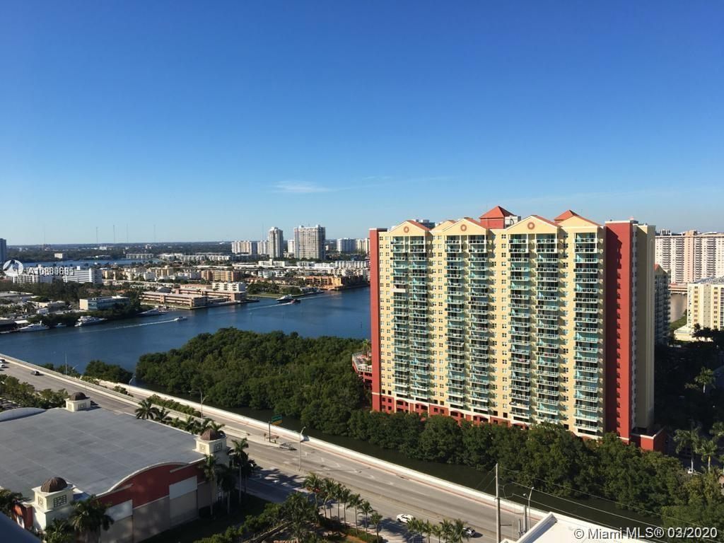 Incredible 3/3.5 apartment at Parque Towers in desirable Sunny Isles. Corner unit with amazing views