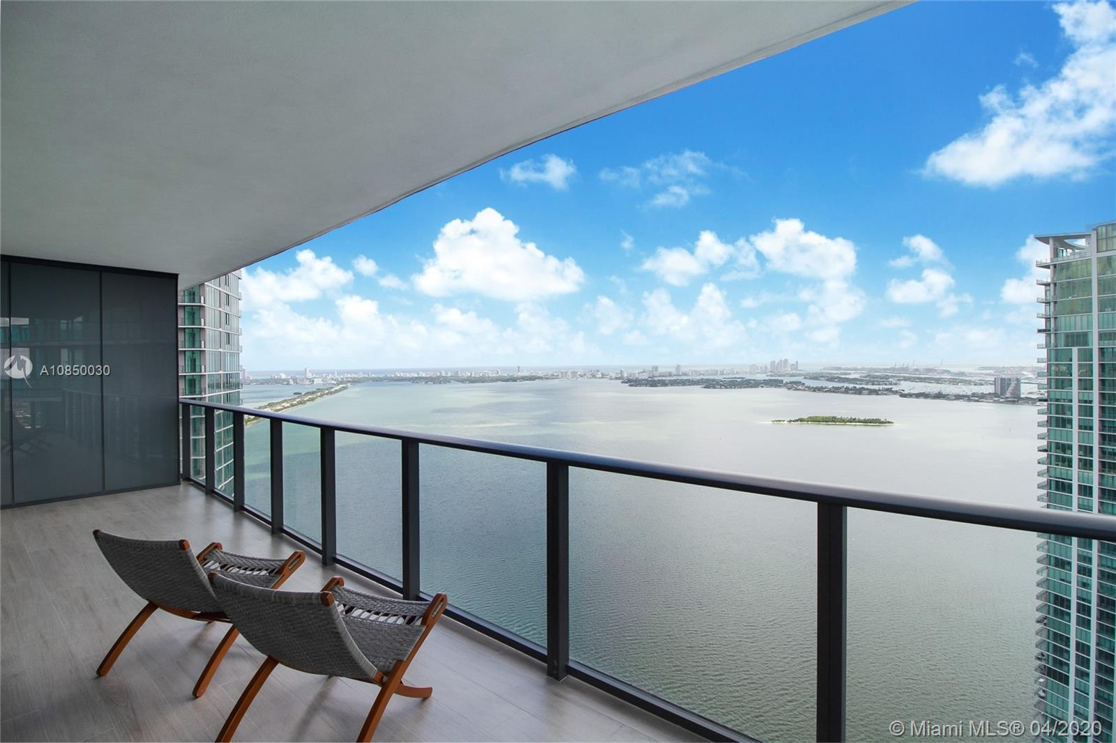 Priced below Seller's cost! Best and biggest line in Paraiso Bay. Highest Floor 4-bed before Penthou