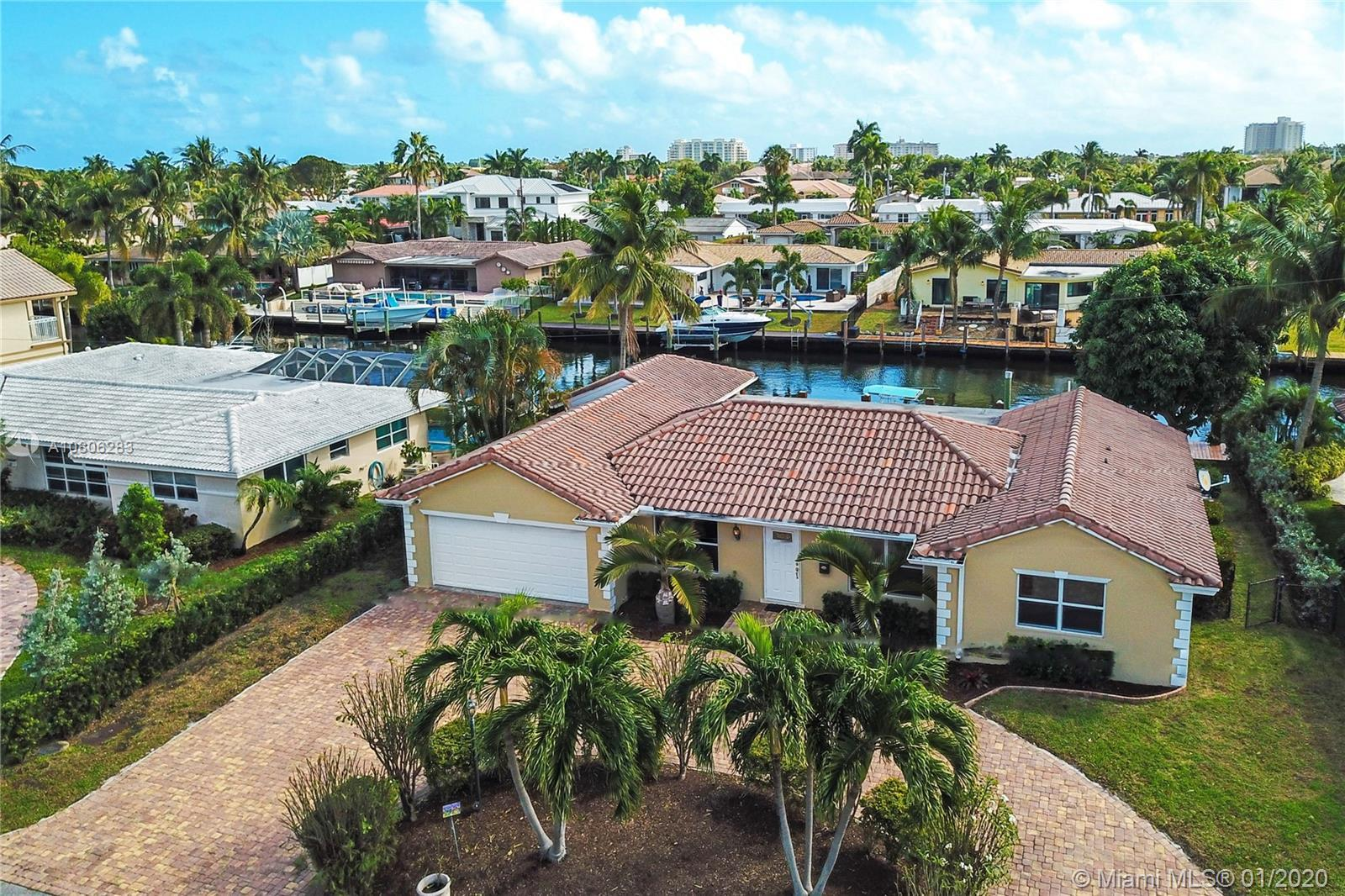EXTRAORDINARY WATERFRONT 3-BEDROOMS AND 3-BATHROOMS SINGLE FAMILY HOME WITH 80-FT PRIVATE DOCK IN DE