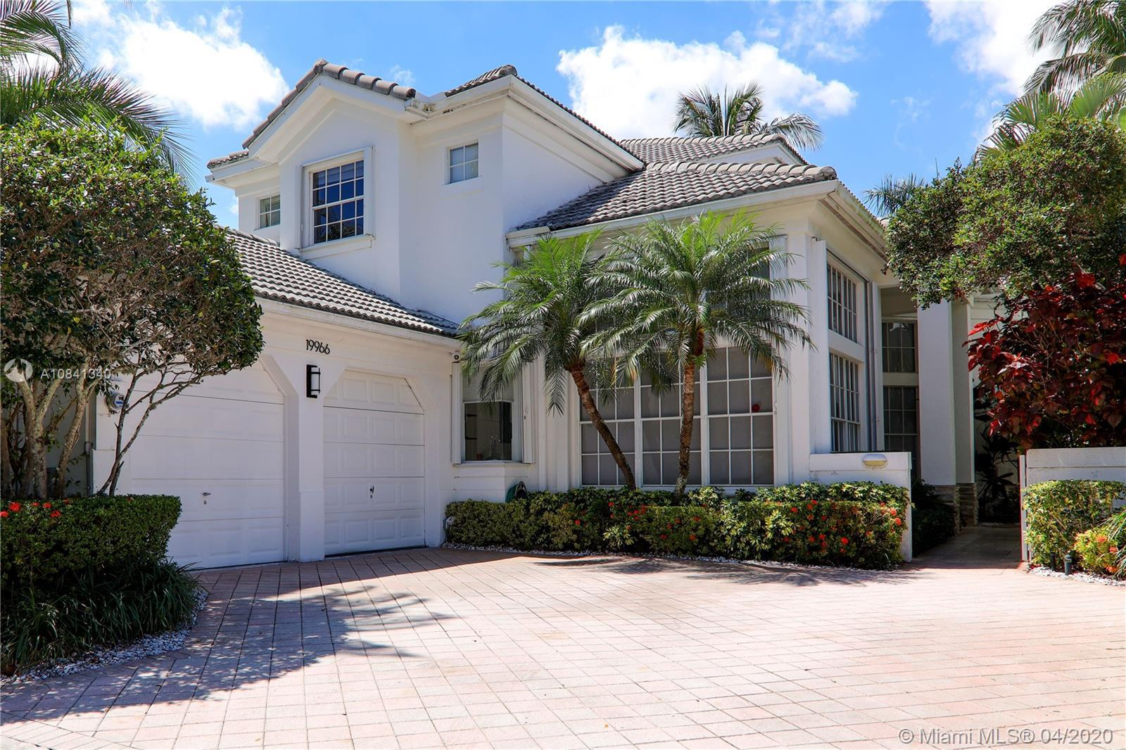 Beutifull house in a prestigious community Country Club Estates with golf view course. Updated with
