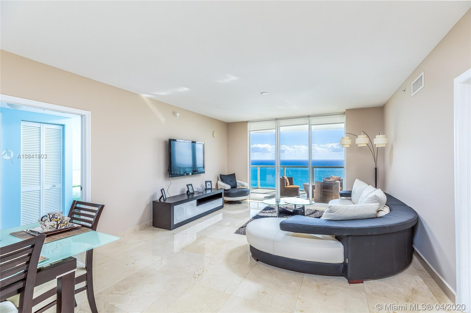 High-floor excellent condition 2 bedroom 2.5 baths condo on the East side of the luxury oceanfront b