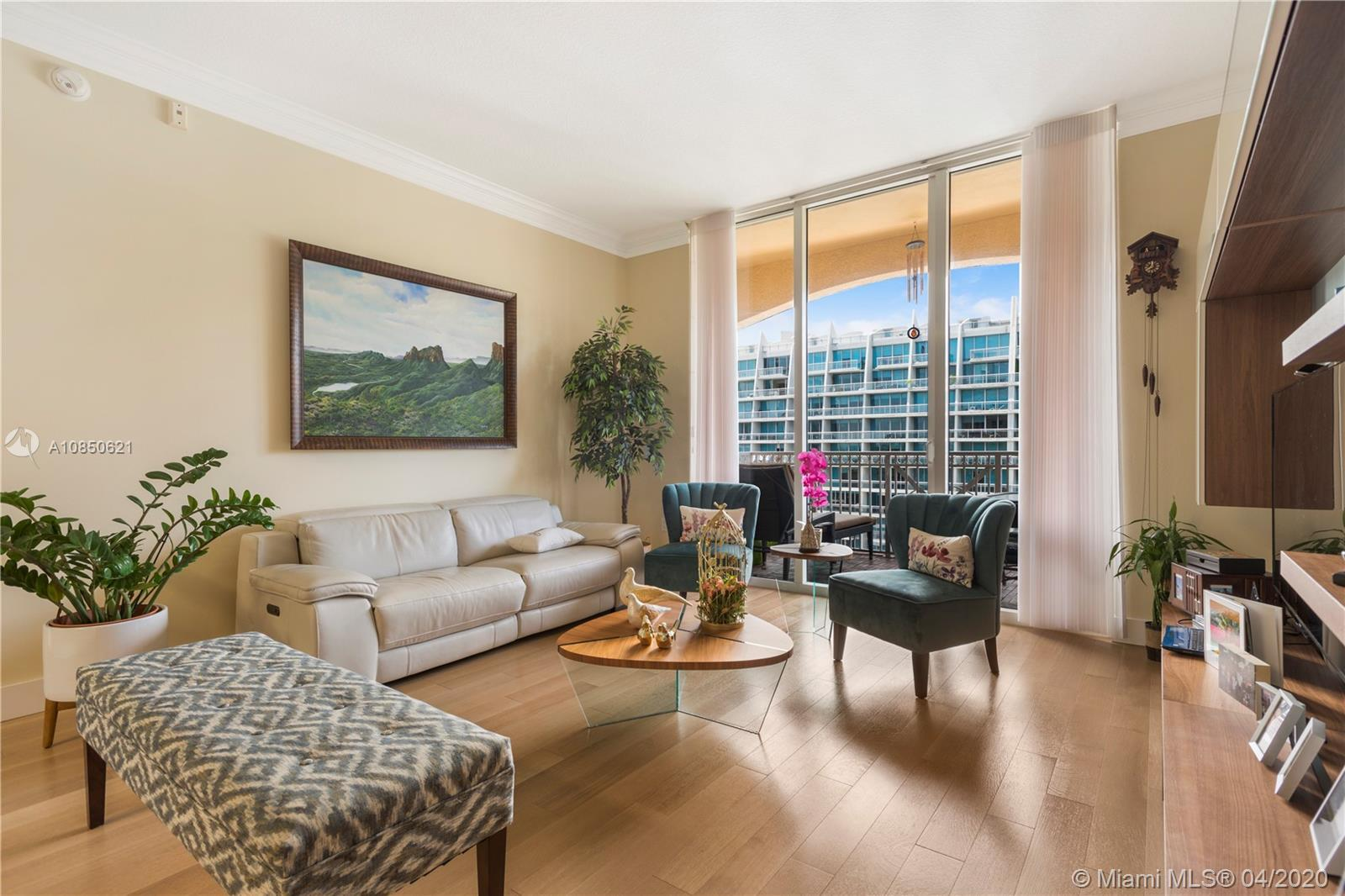 BEAUTIFUL AND COMPLETELY REMODELED TWO BEDROOM AND TWO BATHROOM UNIT AT ALAQUA. OPEN KITCHEN WITH S