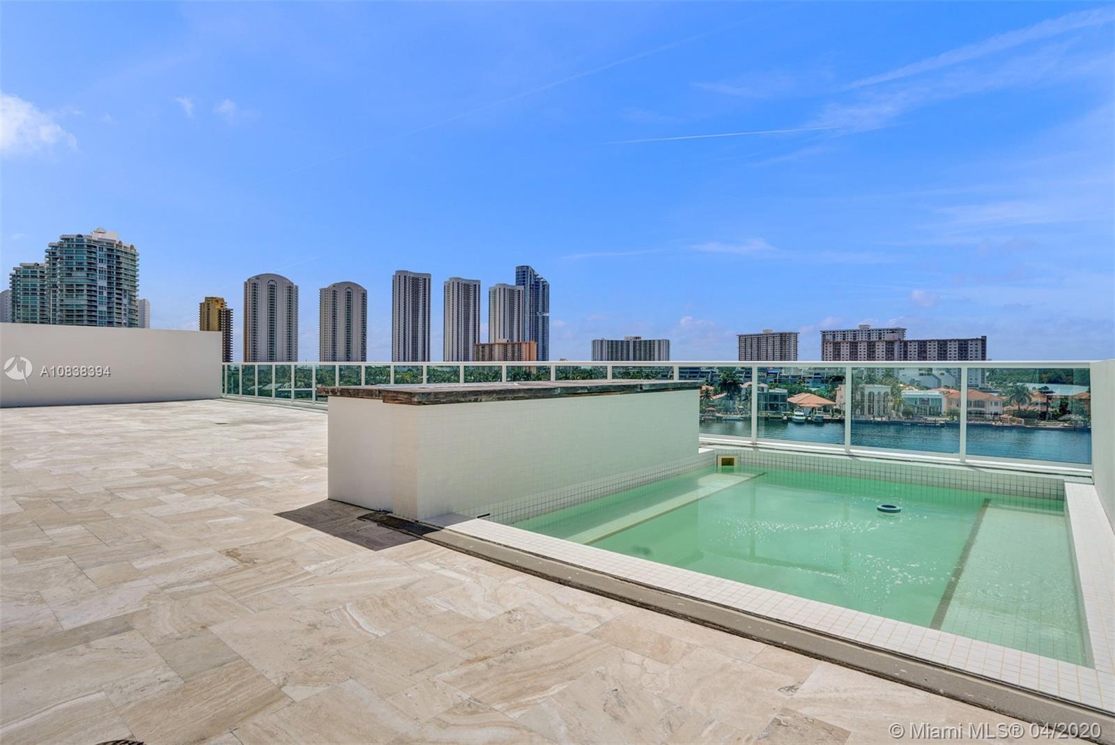 DREAM UNIT AMAZING DEAL, MOTIVATED SELLER !!!! LUXURY SUNNY ISLES BUILDING, HUGE CORNER LANAI UNIT W