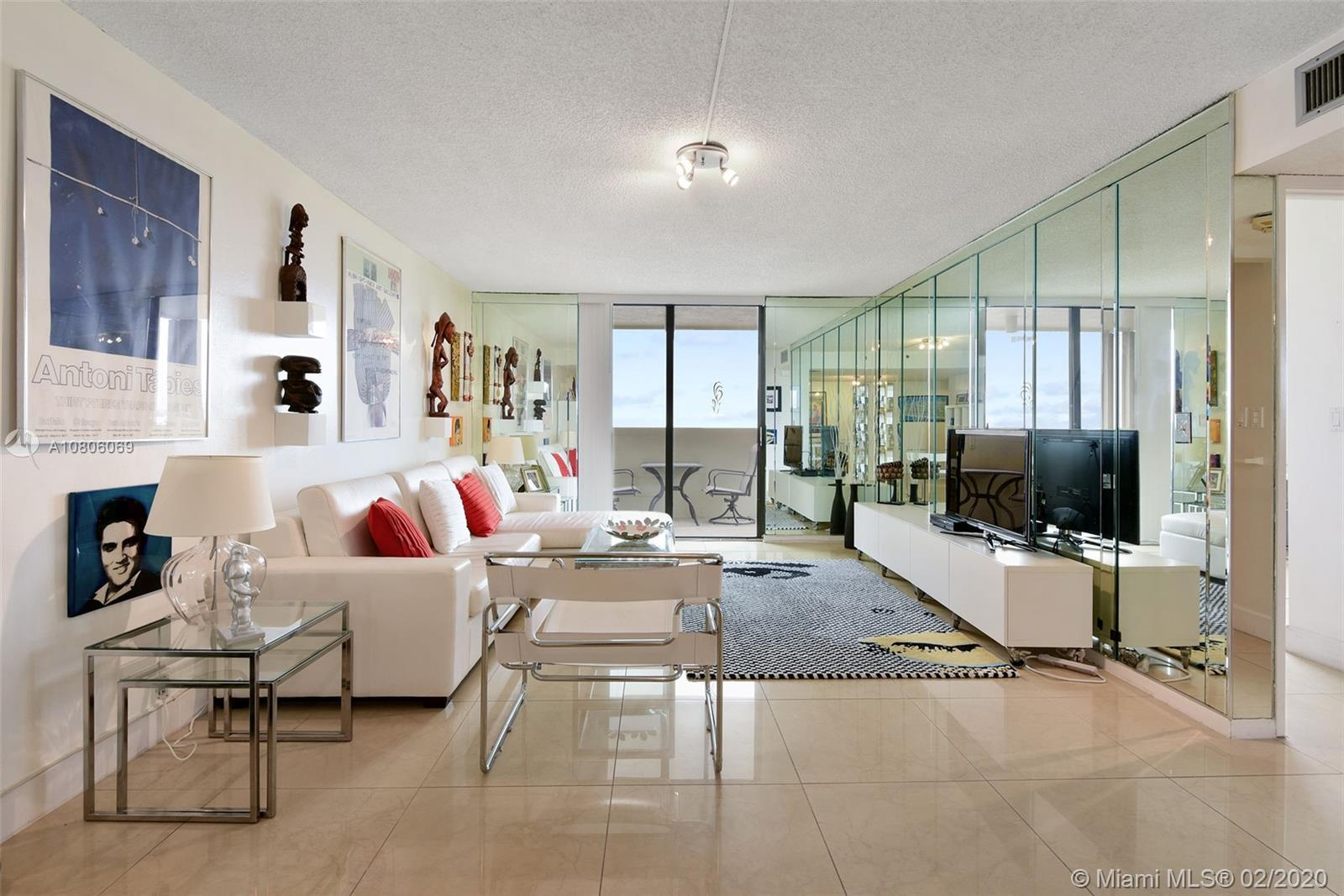 This  2 bed, 2 bath, 1,088 sf beachfront property is located in the heart of SoBe and has 3 separate