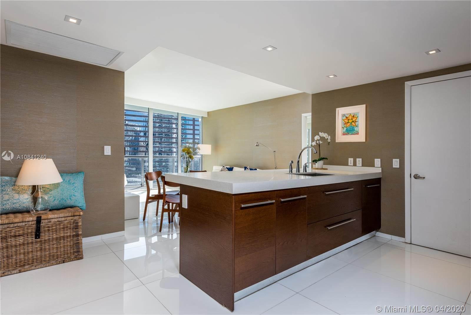 CORNER UNIT 2/2 LOCATED ON 24TH FLOOR, MULTIPLE VIEWS, OCEAN, CITY, RIVER. TOTALLY UPGRADED BY INTER
