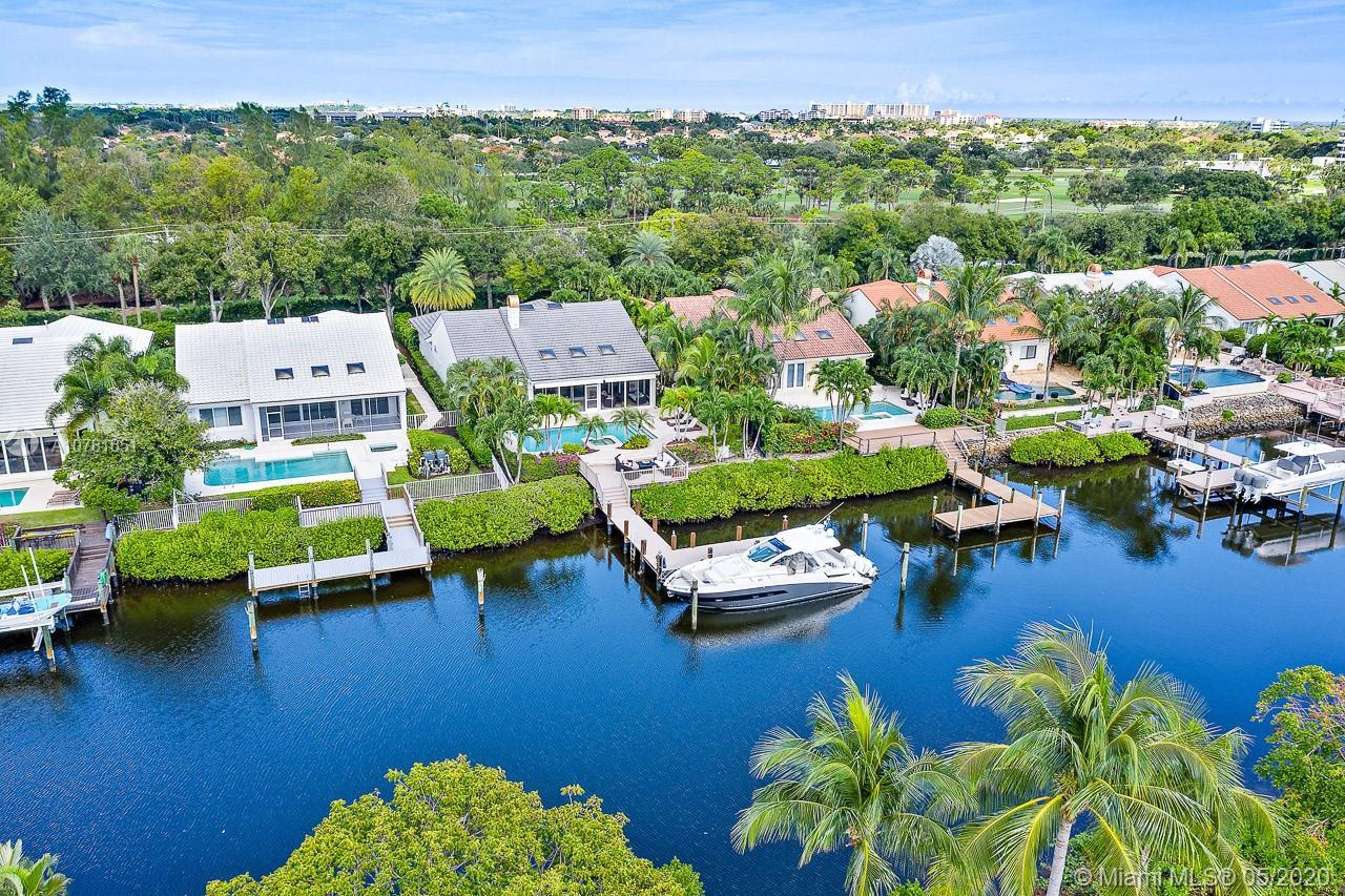 Perfect opportunity to move into Admirals Cove and enjoy the lifestyle it has to offer. This home wa