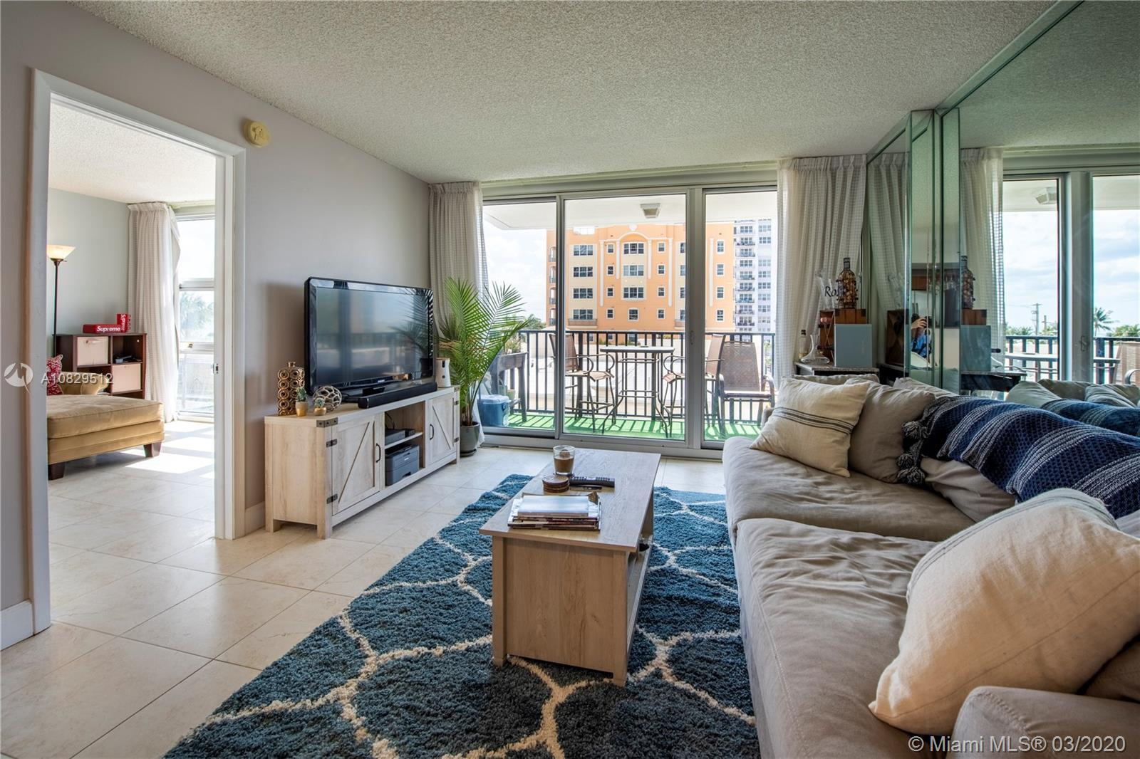 Native Realty is excited to bring to market this beautiful, remodeled, 2 bed 2 bath condo. Both bath