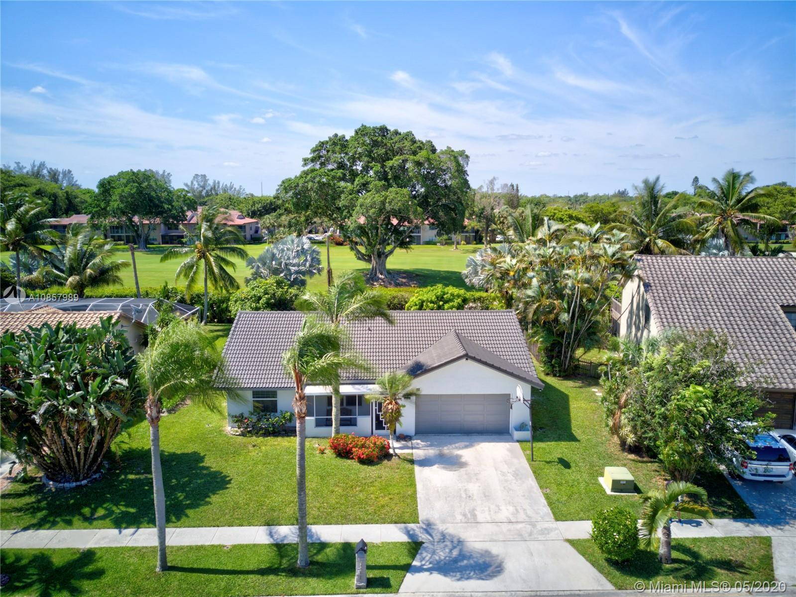 Fantastic home in one of the most desired neighborhoods in Boca, a rare find! Clean as a whistle and