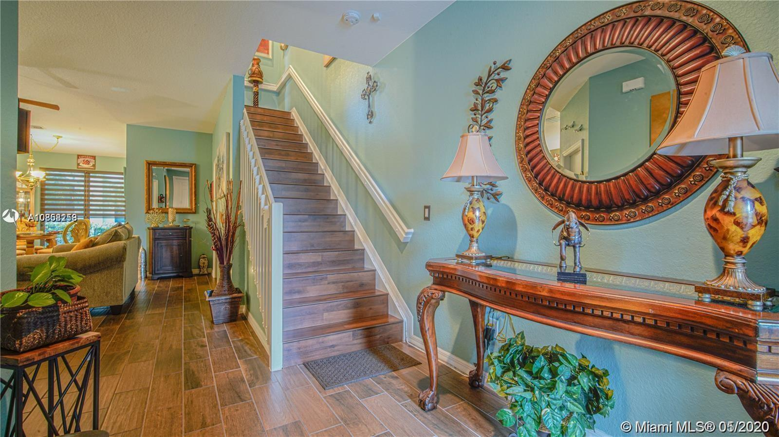Beautiful Mediterranean style New Constrution Townhomes at Madison Place offers 3 bedroom, 2.5 bathr