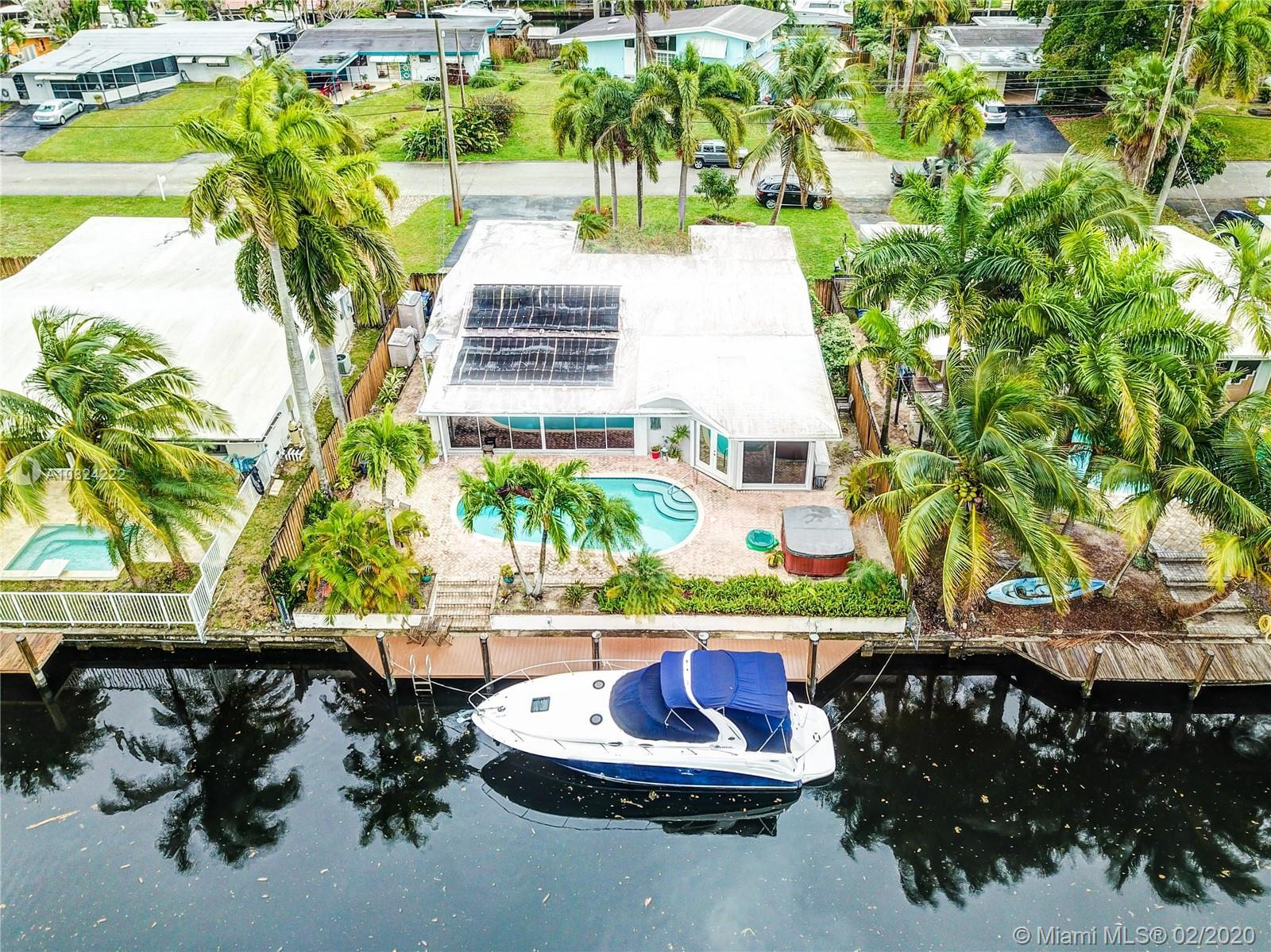 Gorgeous 4 bed/4bath home in the heart of Riverland in Fort Lauderdale! Huge open floor plan, over 2