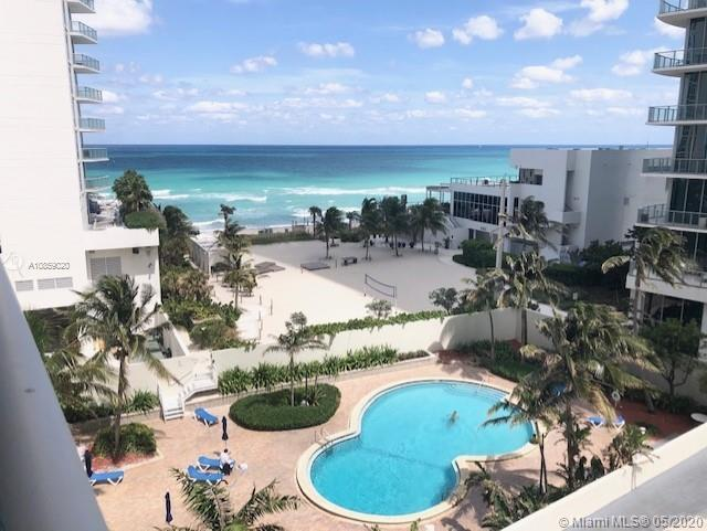 BEAUTIFUL OCEAN VIEW UNIT WITH 1 BEDROOM / 1.5 BATHS...UPDATED KITCHEN...SPACIOUS BEDROOM WITH WALK