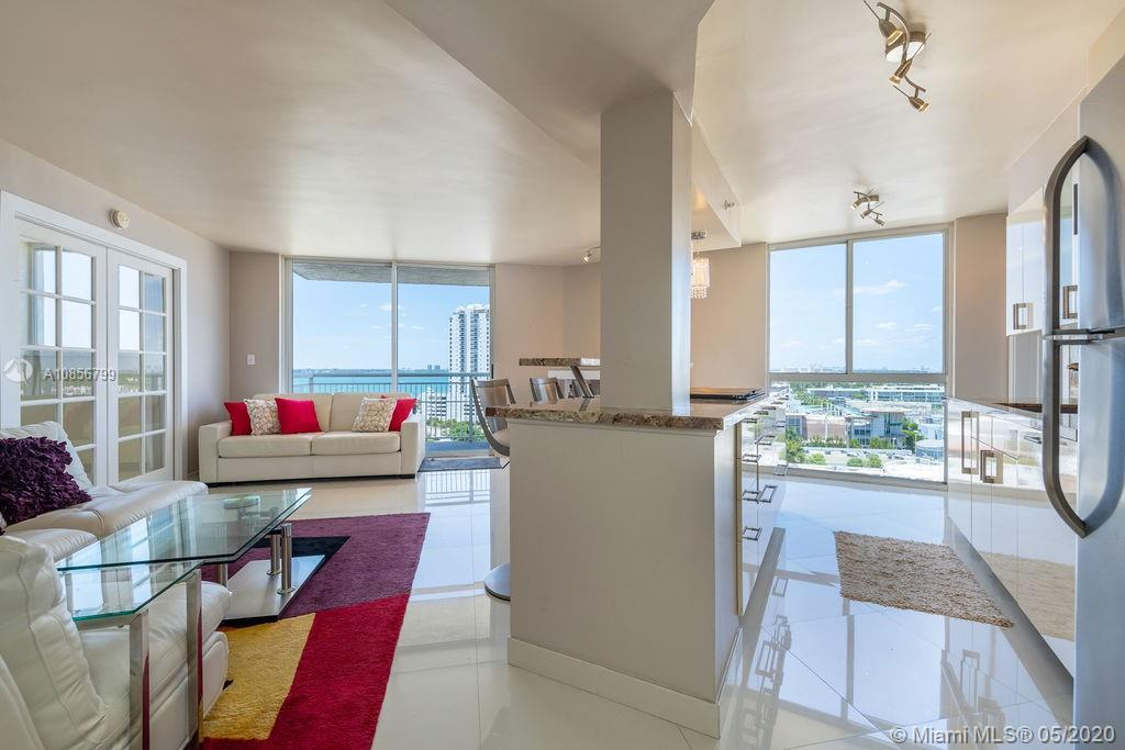Million dollar views from this perfect South Beach Pied-a-terre. Quiet location yet close to all the