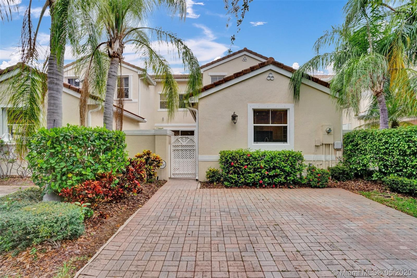 Beautiful 3 bedrooms 3 Full bathrooms in West Lake Village with amazing amenities including Swimming