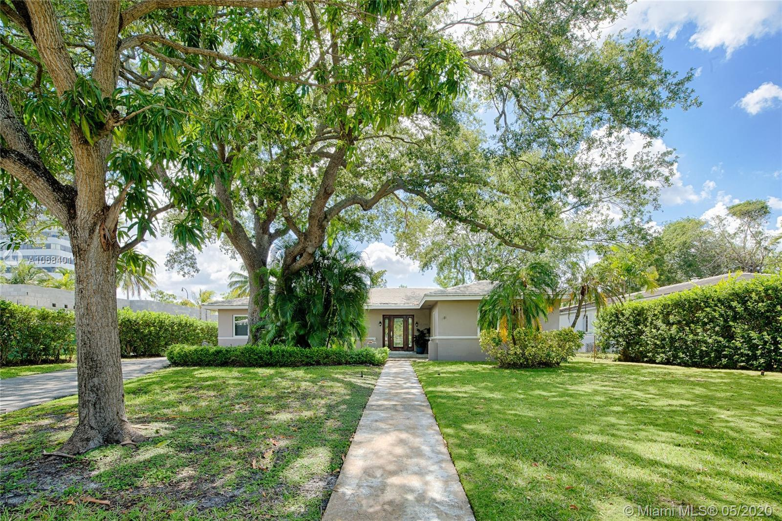 GREAT OPPORTUNITY BELOW MARKET VALUE!!! MOVE-IN READY & SPACIOUS HOME IN PRESTIGIOUS GUARDED GATED B