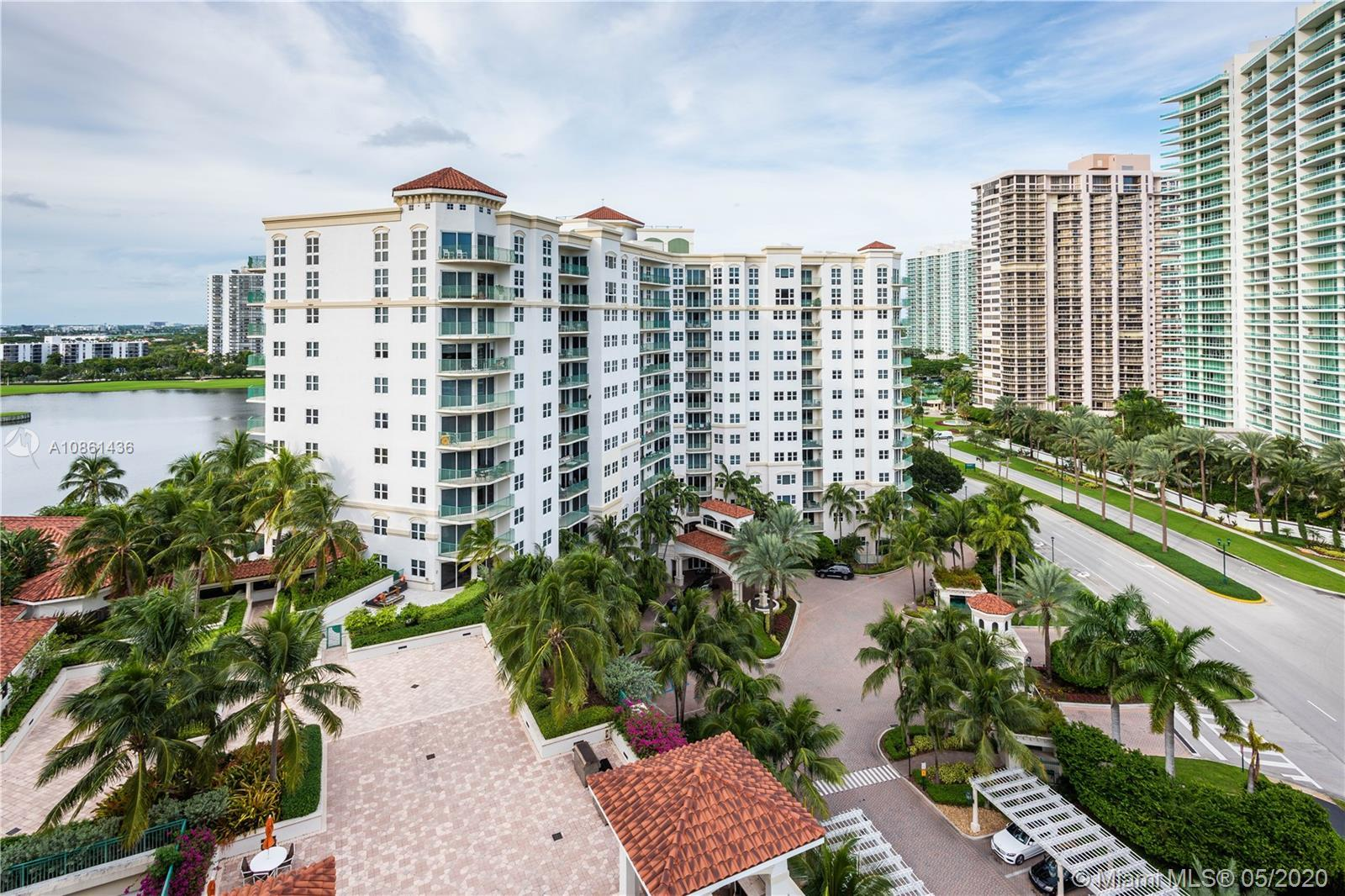 AMAZING OCEAN VIEW. CORNER UNIT. READY TO MOVE. ENTIRELY REMODELED. 2 ASSIGNED PARKING. 3 Bed/3 Bath