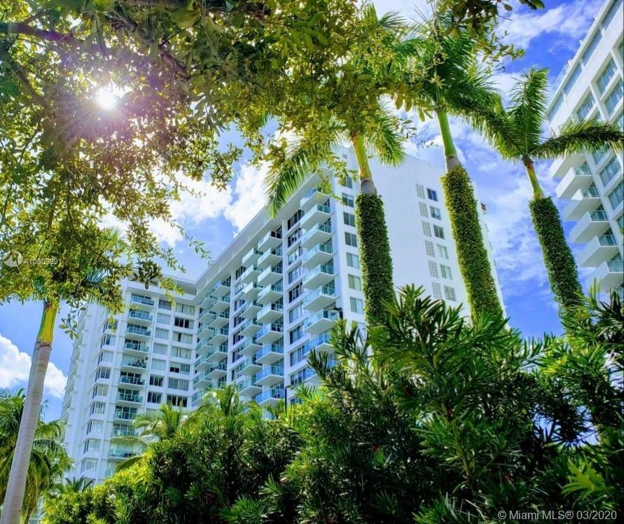 Extra Large 787 sf Bright east facing Studio located on West Ave in South Beach. This unit is large