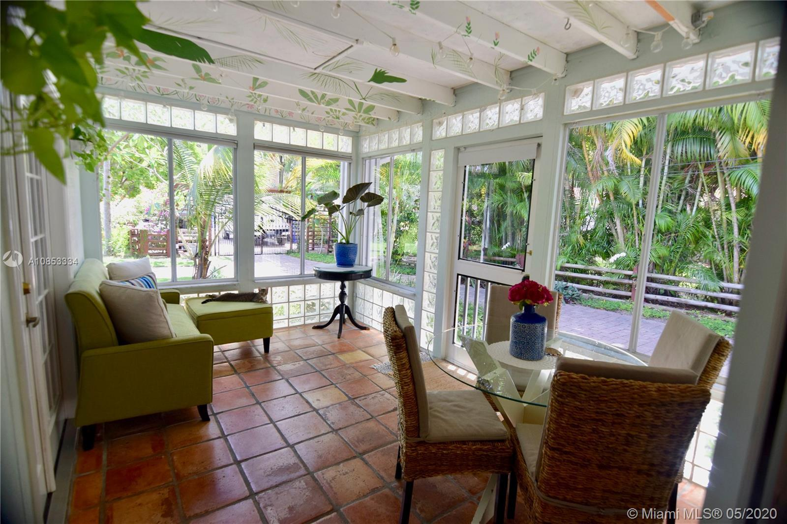 Art, nature & beauty meet in this lush oasis! Nestled on quiet street w easy access to 95 & 595.  Wa