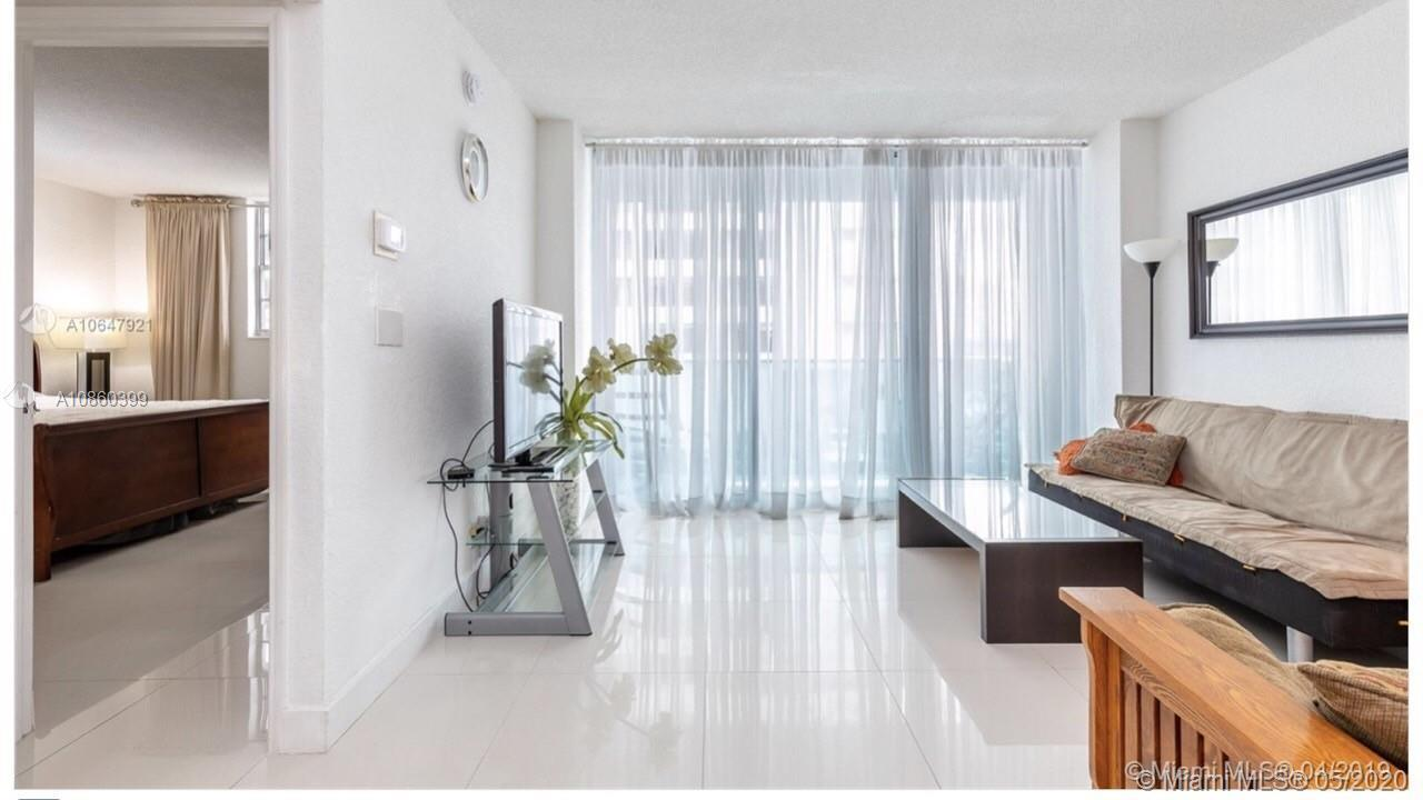 Beautiful, bright and spacious 1 bed/1.5 bathroom in a resort style oceanfront  SIAN located on the