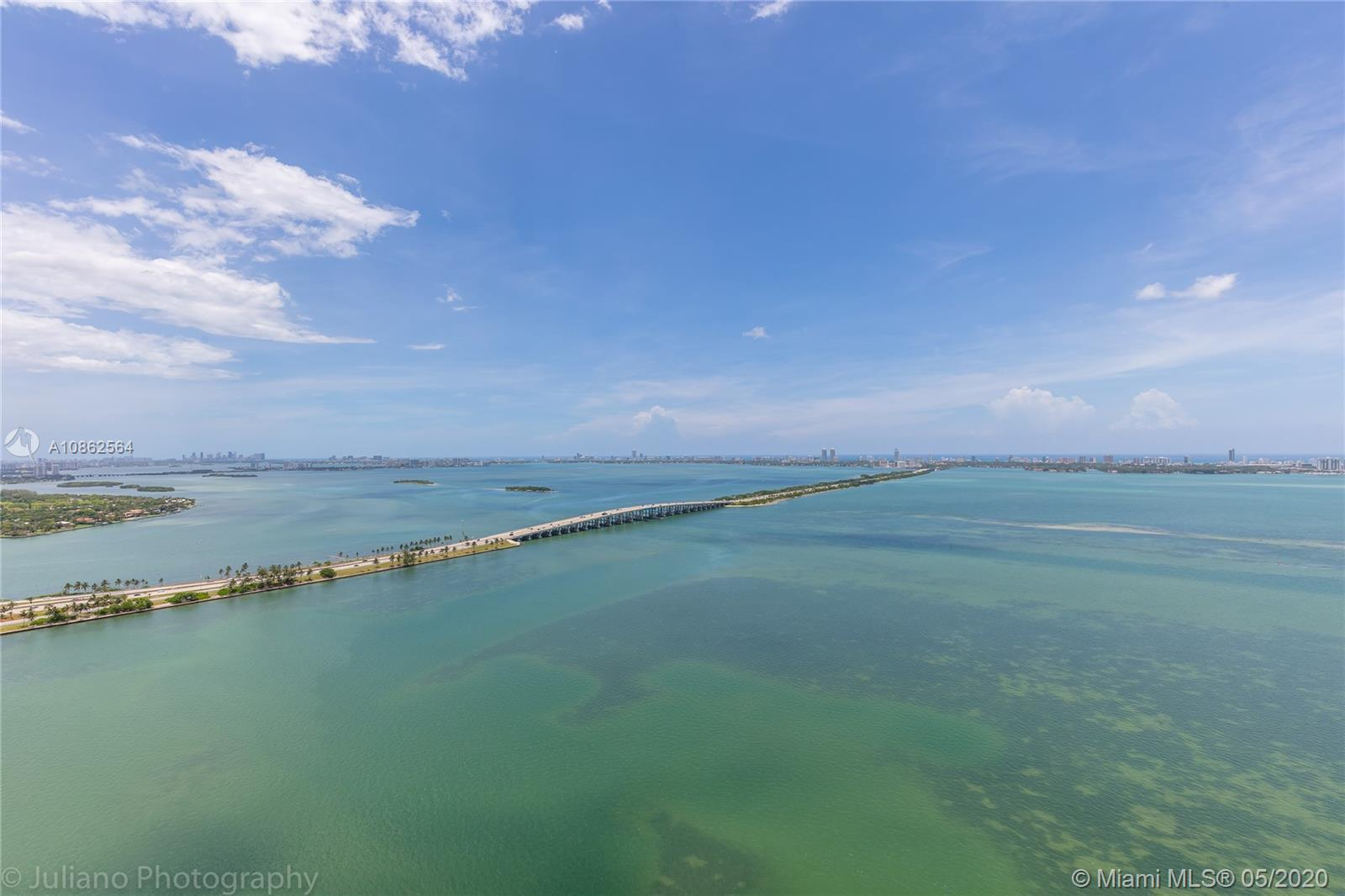Beautiful 3 bedroom + Den / 4 full bathroom unit at Biscayne Beach! Stunning views of the bay as far