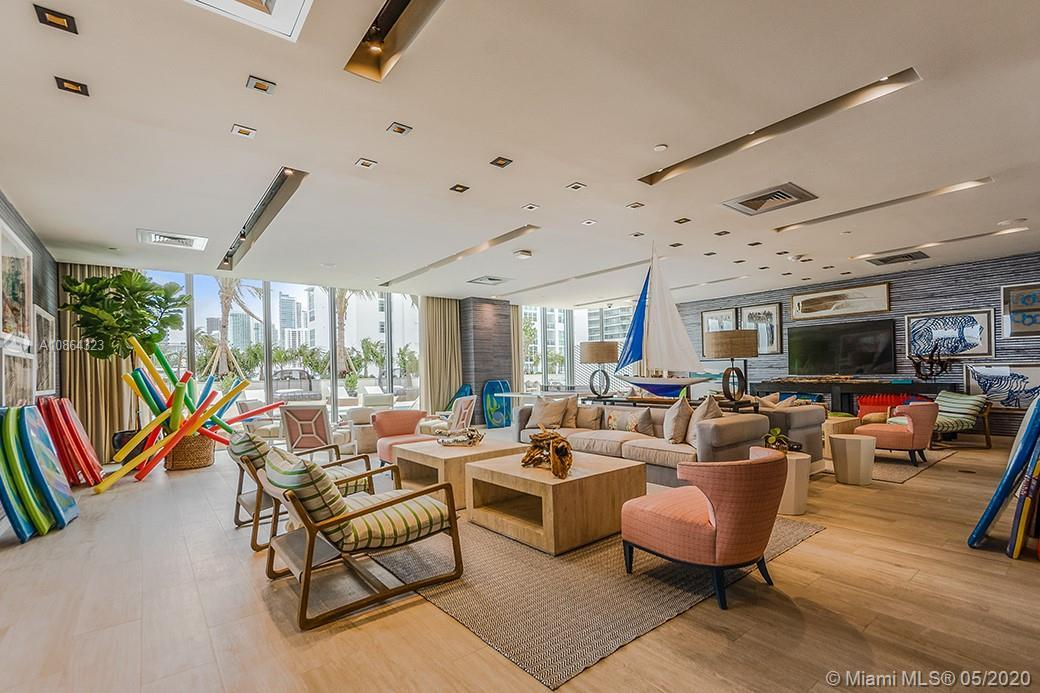 Gorgeous high floor 2 bedroom plus den, 3 baths with unobstructed views of the Biscayne bay, Miami B