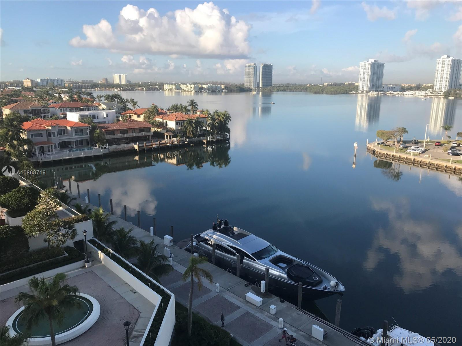 Gorgeous water views , 2 bed 2 baths amazing Direct bay views, upgrade unit, white tile flooring, be