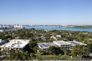Gorgeous Luxury Ocean Front Condo in Bal Harbour. Enjoy sunsets with direct Intracoastal and Bay vie