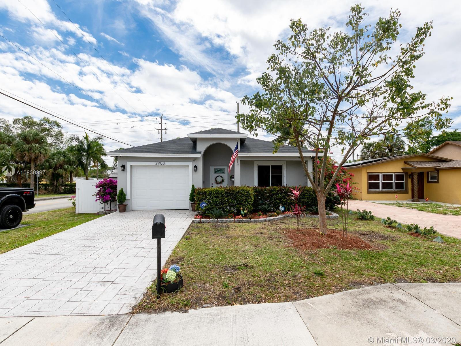 Beautiful modern family home in the heart of Ft. Lauderdale. 3 Bedroom 2 Bath single family home bui