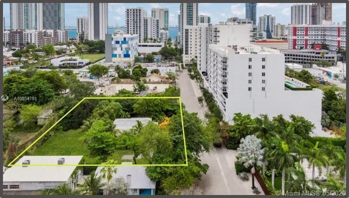 APEX Capital Realty is pleased to present a 28,100 land SF zoned for a mid-rise development within a
