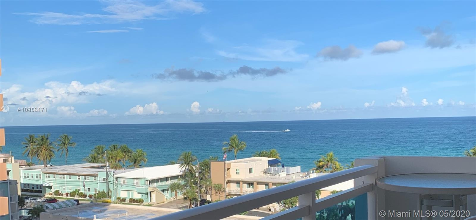 Spacious 2 bedrooms 2 bath condo in prestigious Wellington Towers with ocean view from every window
