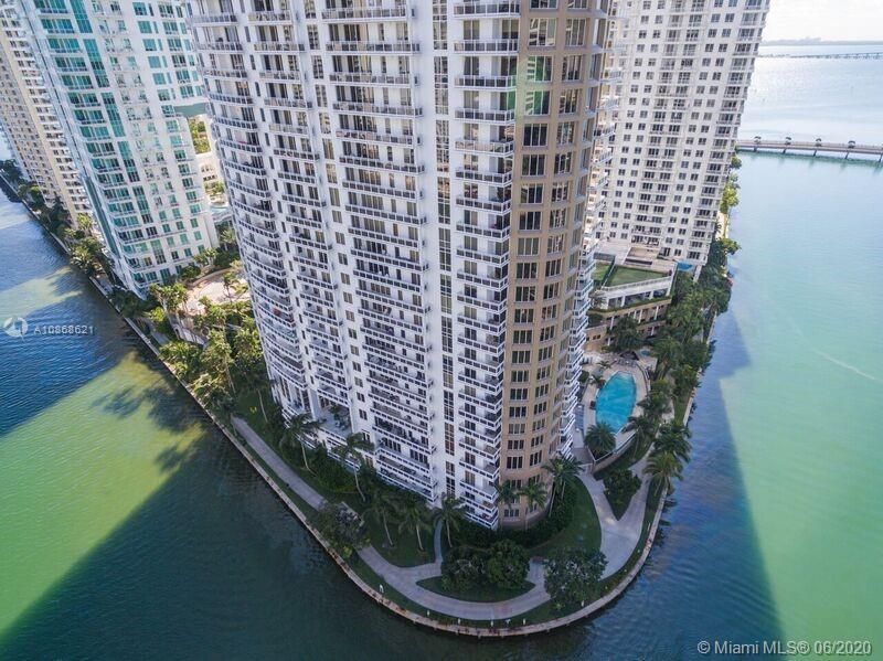 Brickell Key 3 Bedroom 2 Bath Marvelous views of Biscayne Bay & Miami River from this exquisite spac