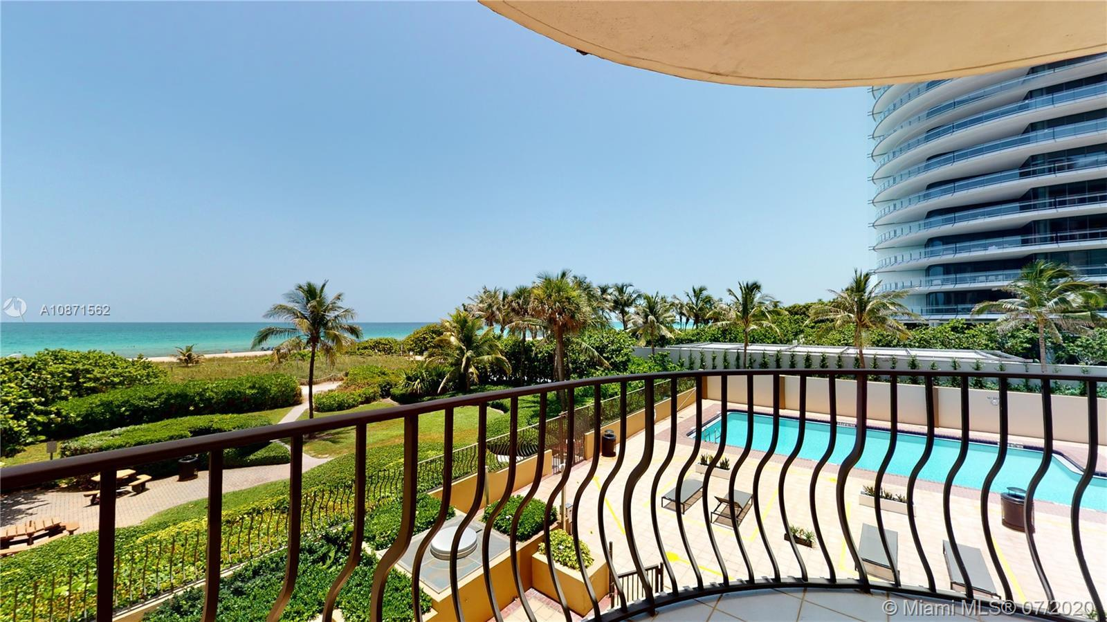 SPECTACULAR PANORAMIC DIRECT OCEAN VIEWS SPACIOUS 3 BED 2.5 BATHS. LARGE MASTER SUITE AND LARGE LIVI