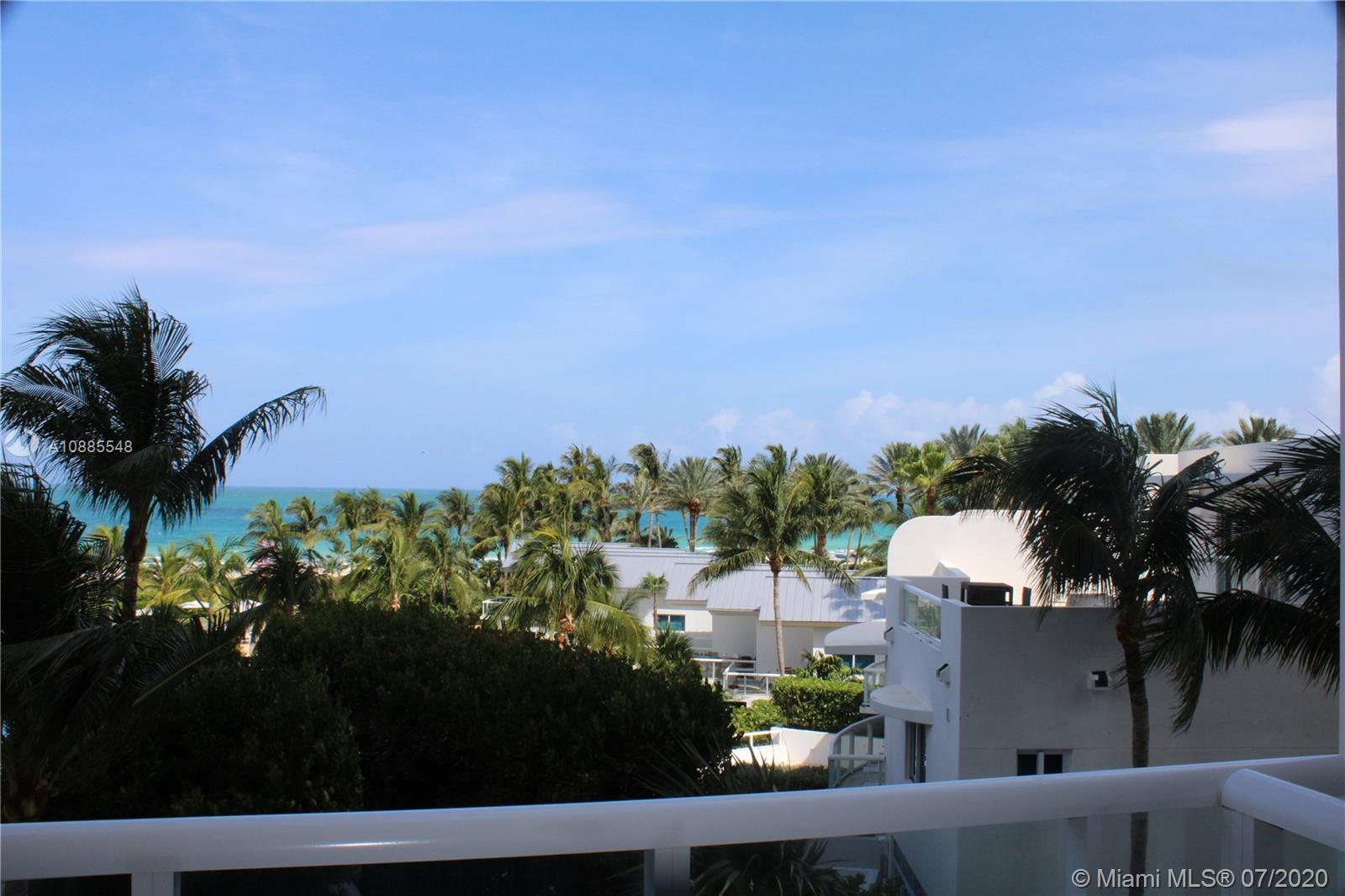 Gorgeous open floor plan 2 bed 2 bathroom in the exclusive Continuum on South Beach North Tower. Mar