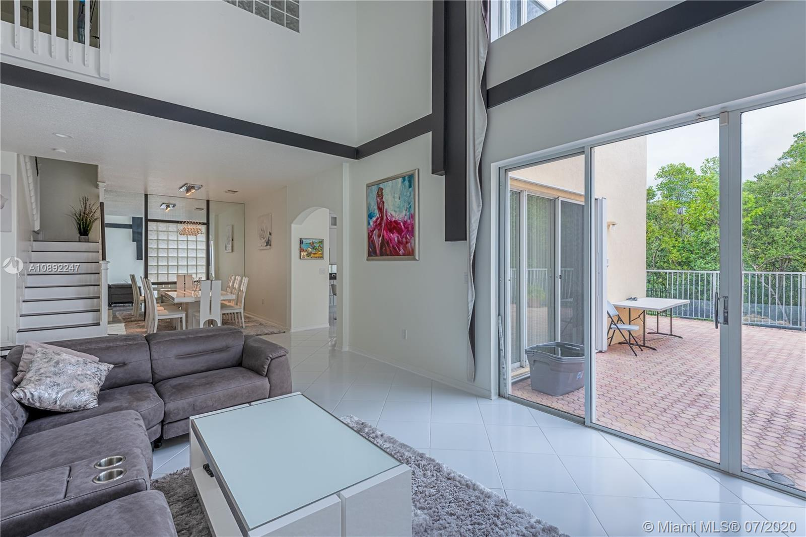 Here you have an absolutely beautiful 2 story home located in the prestigious, West Lake Village. He