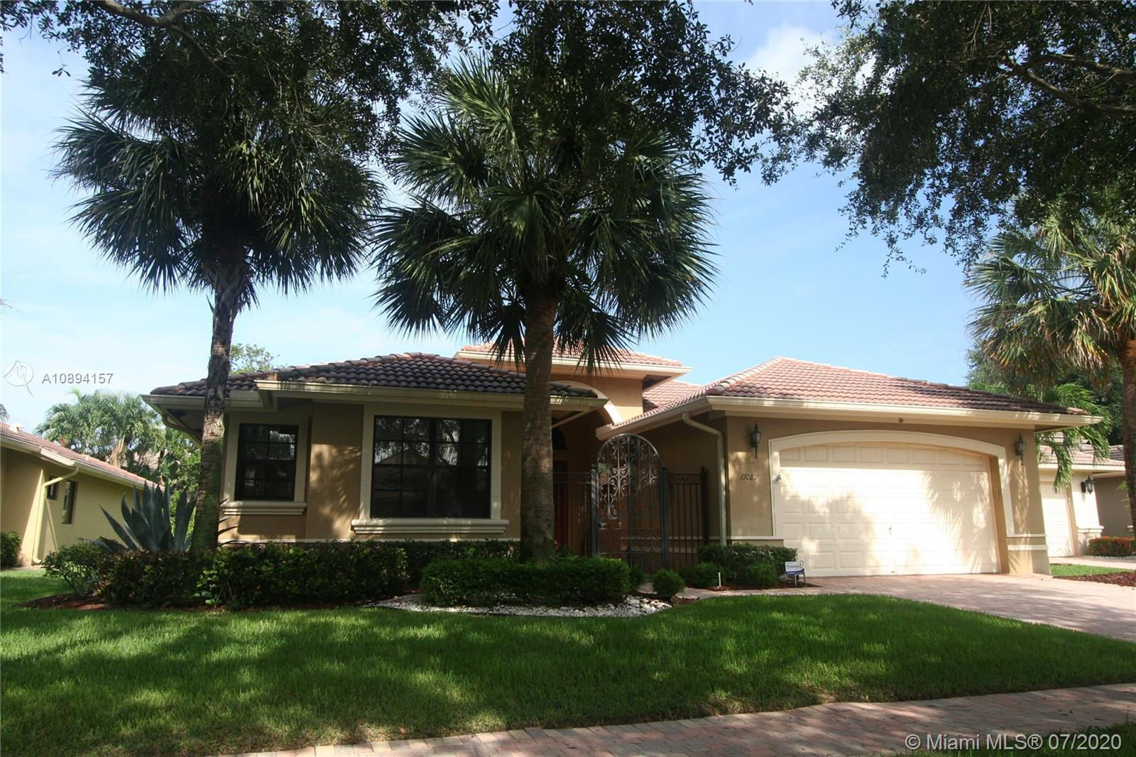 This 3 br 3 ba with 4th br or office home sits in an exclusive secure gated community on a quiet cul