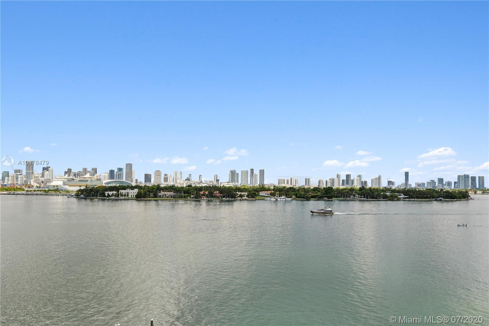 Experience unsurpassed views of Biscayne Bay, Star Island & Downtown Miami.  This 1 bed 1 bath (776