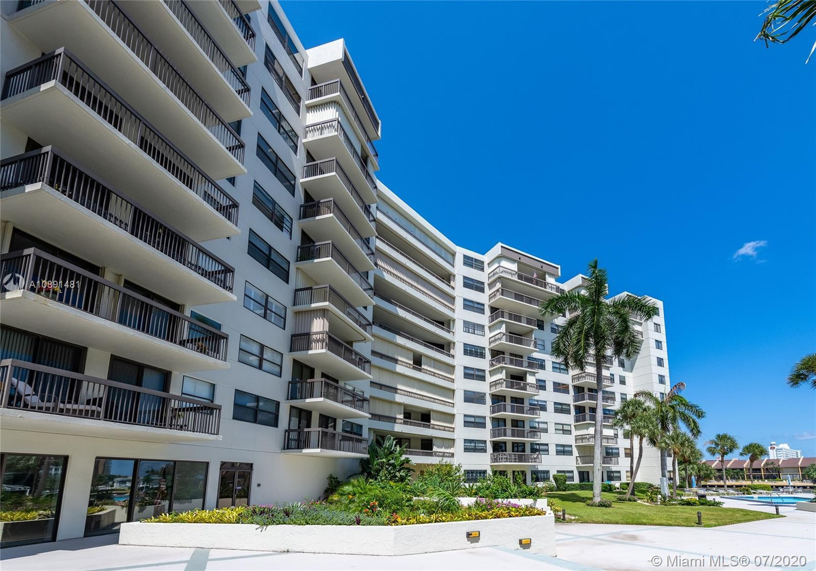 PRICED TO SELL! OCEAN AND INTRACOASTAL VIEWS! THIS LARGE UNIT (APPROX 1300 SQF) HAS A LOVELY SPLIT F