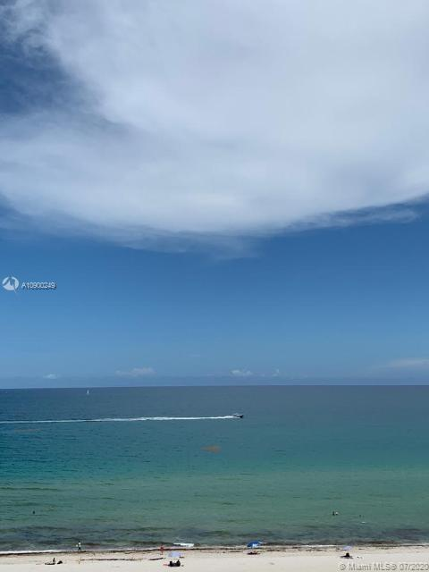 GORGEOUS OCEAN FRONT CONDO WITH BREATH TAKING DIRECT OCEAN VIEWS, 3 BED/2.5 BATH, LARGE BALCONY, GRE