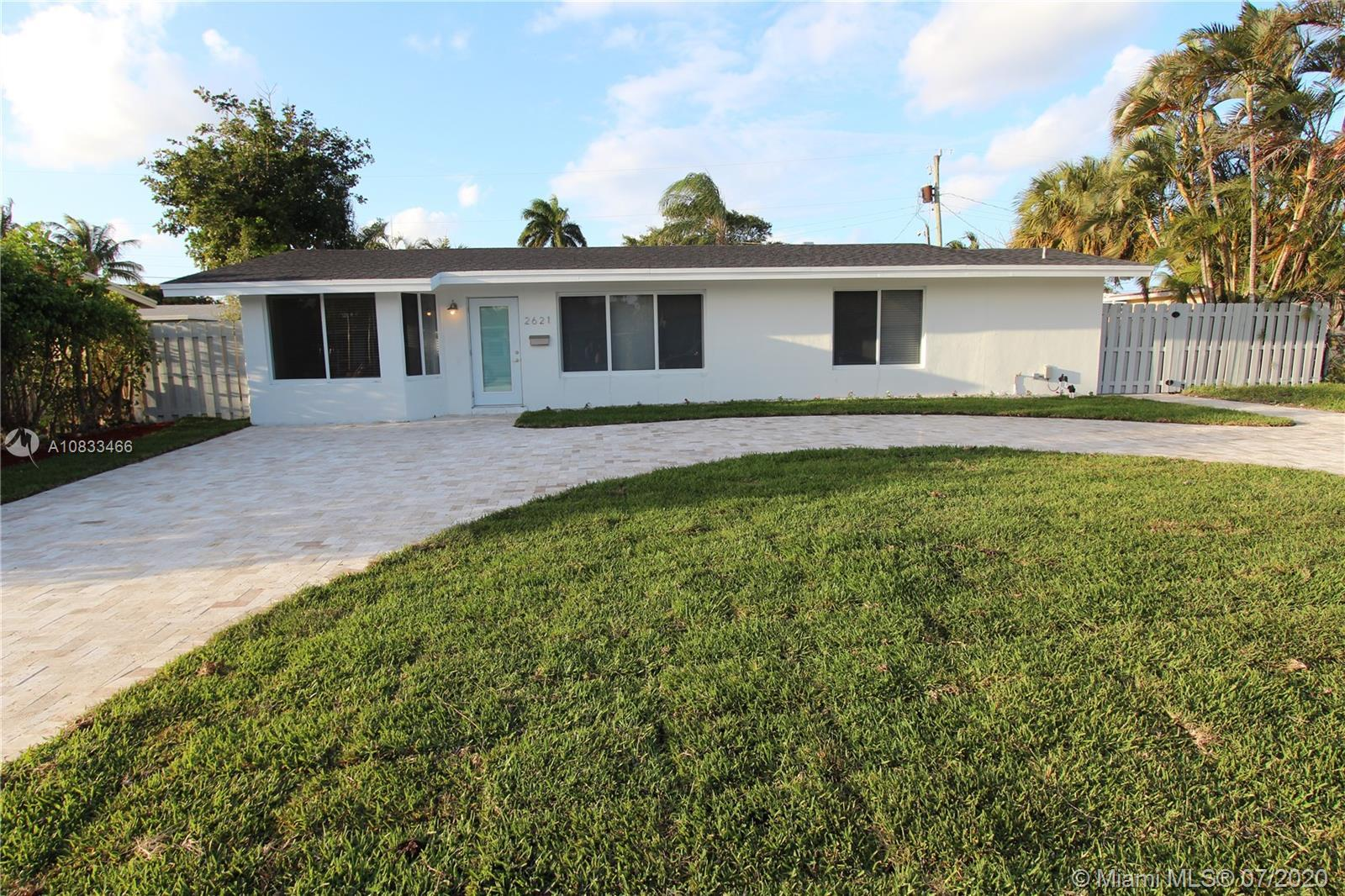 "FULLY UPDATED AND REMODELED HOUSE IN DESIRED CONNOR ESTATES, EAST OF FEDERAL HWY. HOUSE HAS A ""COMFY"