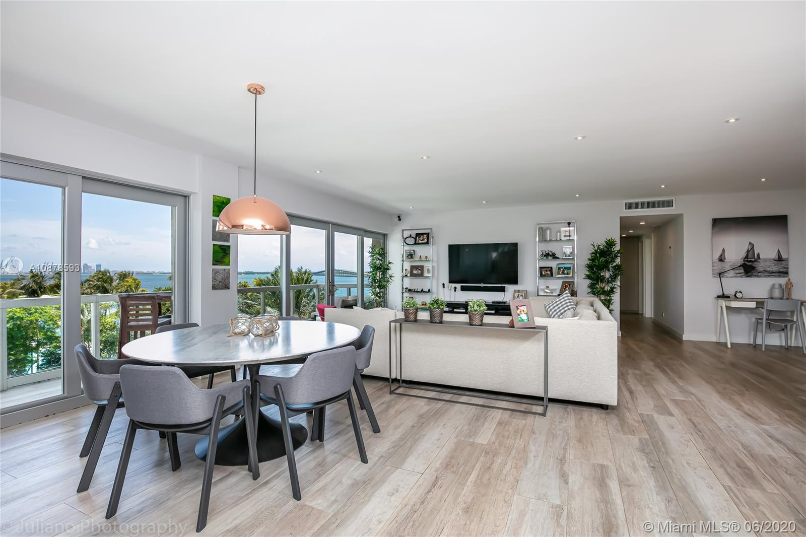 One of a kind 4 bedroom unit (3 of them facing the beautiful bay), completely renewed in 2017 with t