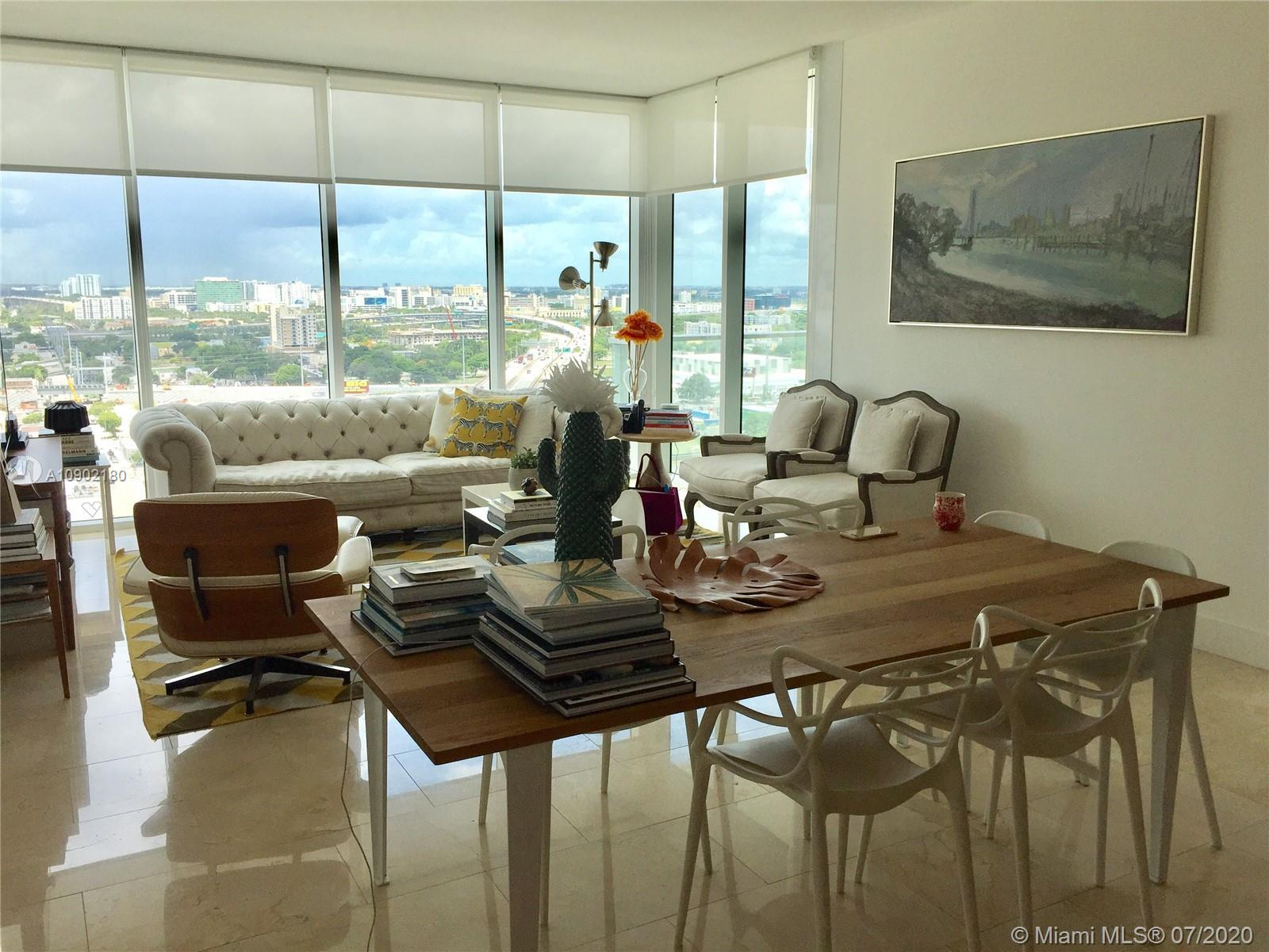 Beautiful 2/2.5 split floor plan corner unit with amazing city views. Residence features High foot c