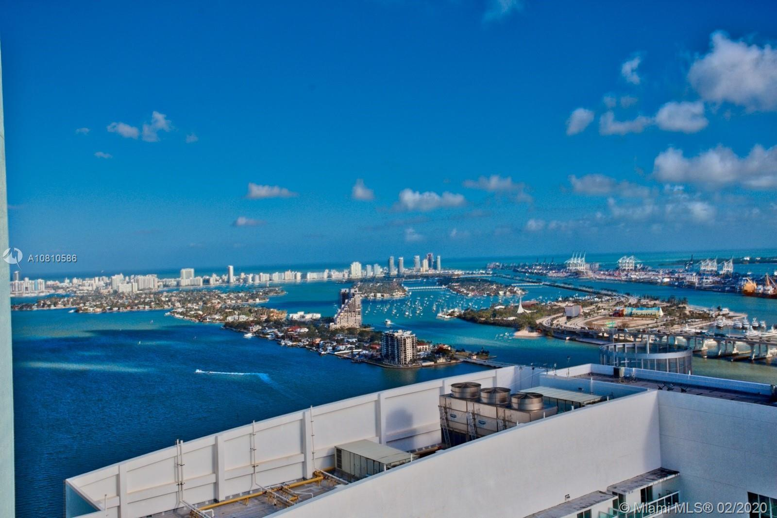 Unobstructed view of Biscayne Bay, Fisher Island & Downtown Miami Live The Downtown Miami Lifestyle
