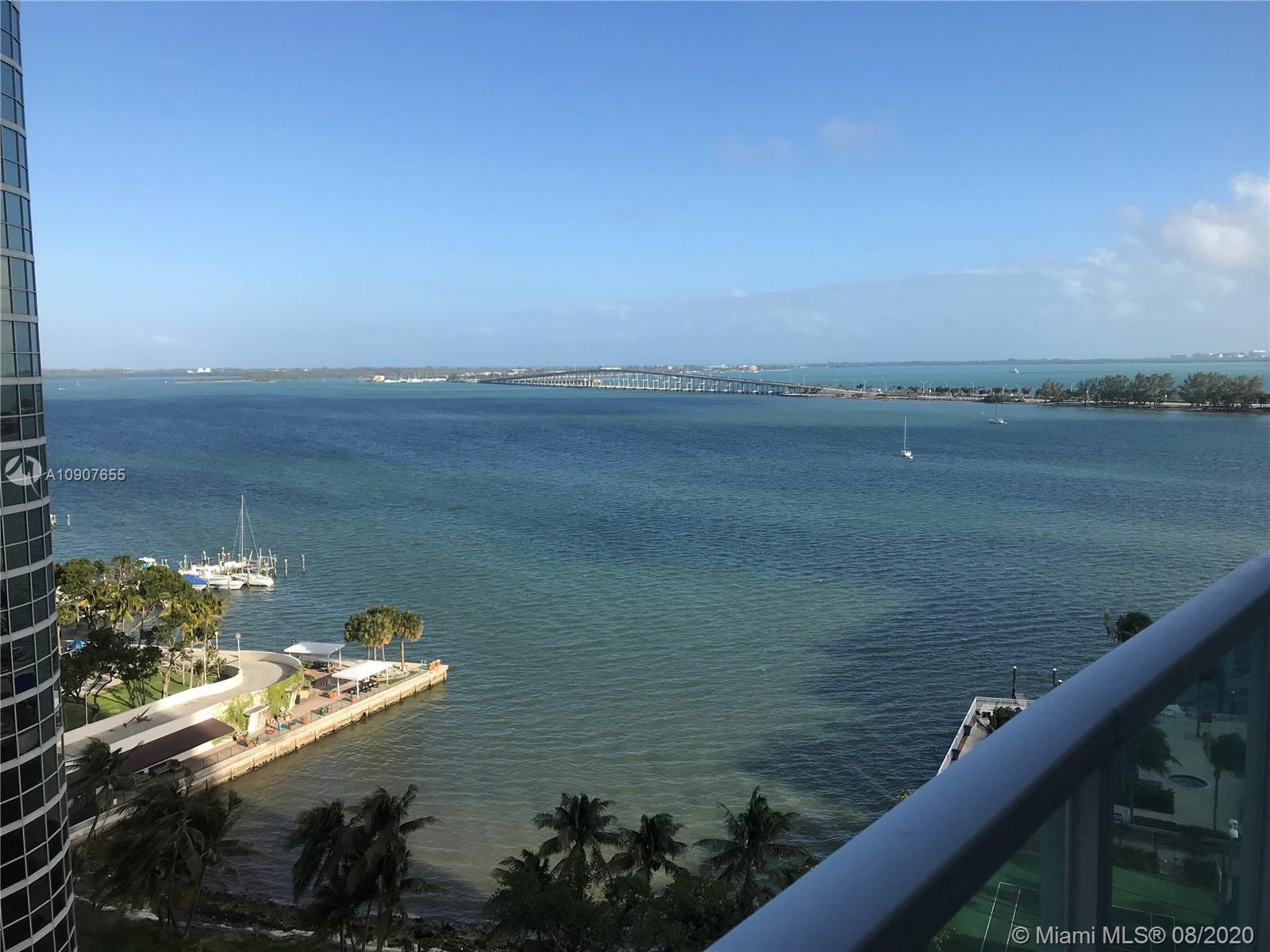 GORGEOUS 1BE/1BA UNIT WITH CITY AND WATER VIEWS. FLOOR TO CEILING WINDOWS, GRANITE COUNTER TOPS,  ST